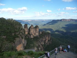 A panoramic view of The Three Sisters, Blue Mountains