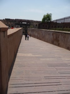 The entry ramp to Fort Agra